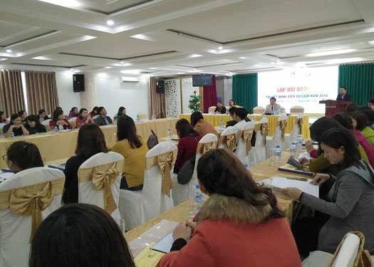Tập huấn thuyết minh viên du lịch cho các tỉnh Bắc Trung Bộ
