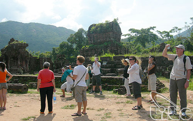 Năm 2017: khách quốc tế đến Việt Nam tiếp tục tăng trưởng mạnh, đạt 12,9 triệu lượt